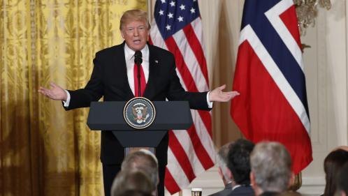 """Donald Trump se demande pourquoi les immigrés aux Etats-Unis viennent de """"pays de merde"""" comme Haïti"""