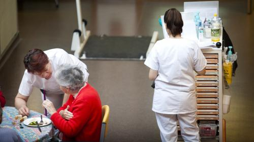 """""""Ce n'est pas ça mon métier, madame Buzyn"""" : épuisée, une infirmière rend sa blouse blanche"""