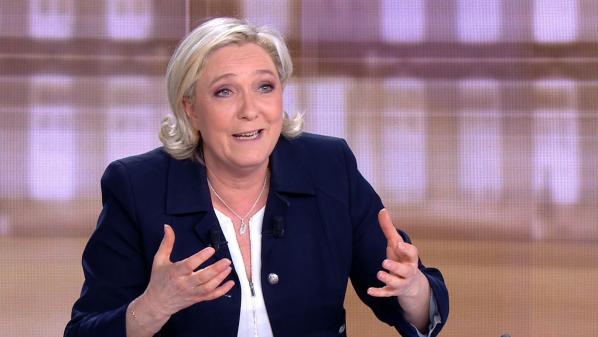 Marine Le Pen : une note secrète révèle les raisons de sa débâcle au débat d'entre-deux-tours