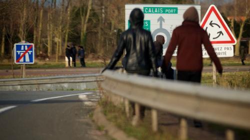 """Médecins du Monde dénonce """"une remise en question du droit d'asile et un tri des migrants, que ce soit à Calais, à Paris ou ailleurs"""""""