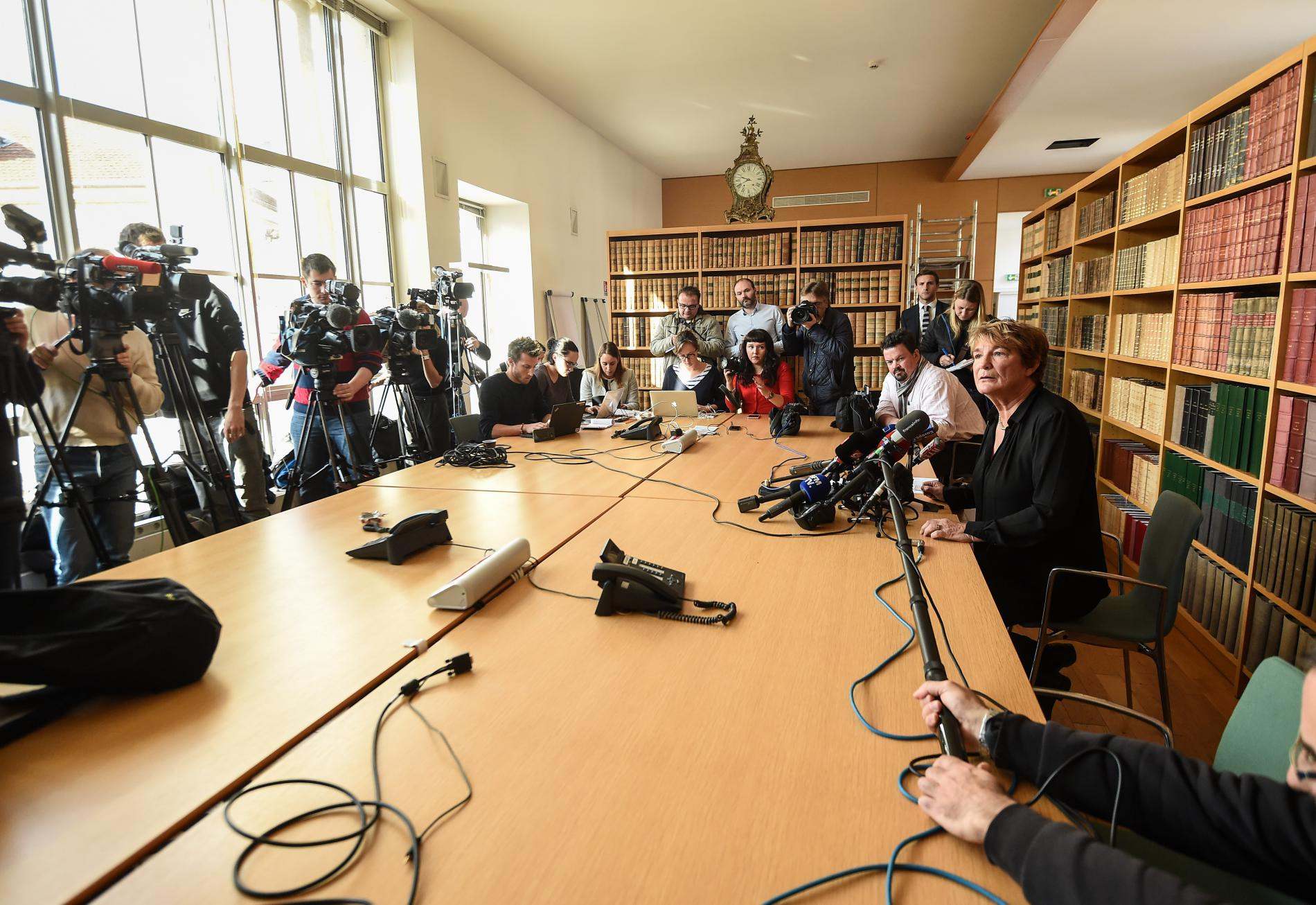 La procureure de la République de Besançon (Doubs), Edwige Roux-Morizot, donne une conférence de presse, le 6 novembre 2017, après la mort d\'Alexia Daval.
