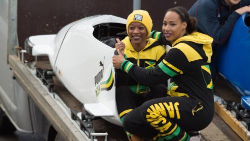 Une équipe féminine de bobsleigh jamaïcaine se qualifie pour les Jeux olympiques d'hiver de Pyeongchang