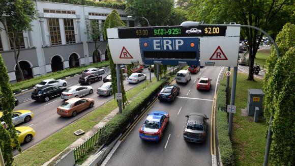 Le gouvernement veut favoriser l'installation de péages à l'entrée des villes