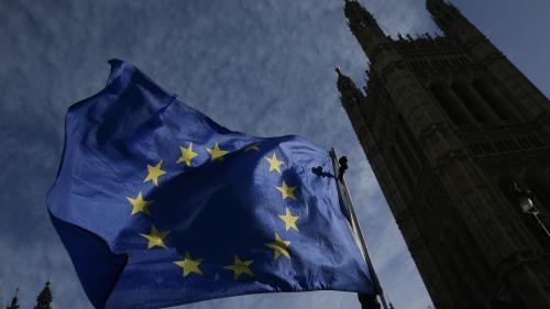 Brexit : les députés britanniques adoptent la loi de retrait de l'Union européenne