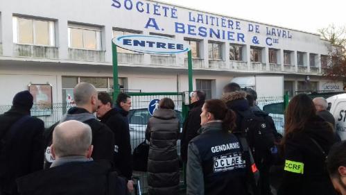 Affaire Lactalis : des perquisitions en cours au siège du groupe à Laval et dans l'usine de Craon