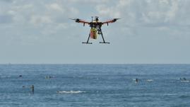 VIDEO. Australie : des nageurs secourus en mer par un drone