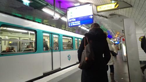 """""""Je ne desservirai pas la station"""" : à Paris, des conducteurs de la RATP réclament des mesures contre les toxicomanes"""