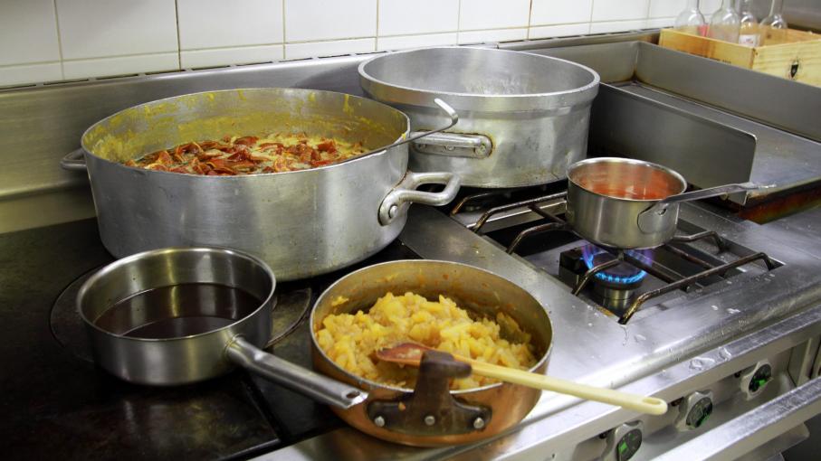 Allier un atelier pour apprendre les bases de la cuisine - Apprendre les bases de la cuisine ...