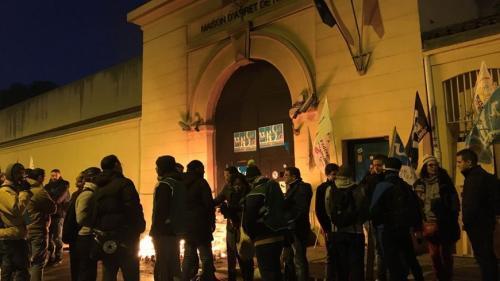 Nice : un automobiliste fonce sur des surveillants pénitentiaires en train de manifester