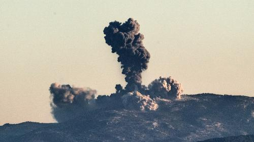 La Turquie lance une offensive terrestre et aérienne contre une milice kurde en Syrie