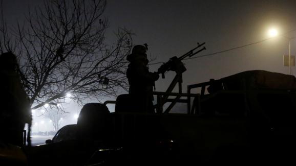 Des tireurs envahissent un hôtel à Kaboul
