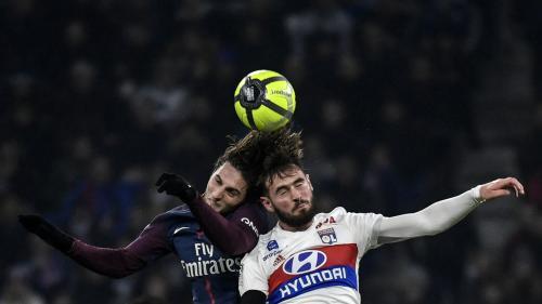 Ligue 1 : deuxième défaite de la saison pour le PSG, battu par un Lyon renversant (1-2)