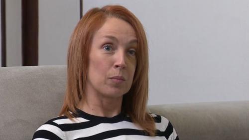 """VIDEO. """"Il faut qu'un collègue se fasse tuer pour que les choses bougent ?"""" Une surveillante de prison raconte son agression"""