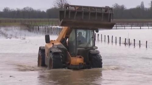 Inondations dans le Jura : Parcey n'en finit plus de voir les eaux monter