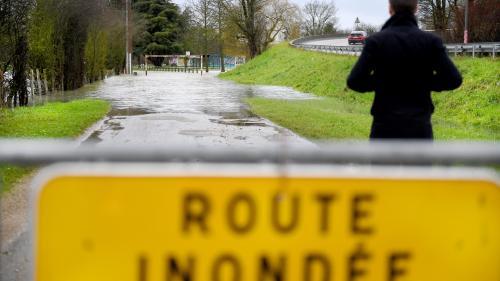 Inondations dans le Doubs : Ornans sous les eaux