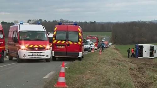 nouvel ordre mondial | Gers : un accident entre un car scolaire et une voiture fait sept blessés graves