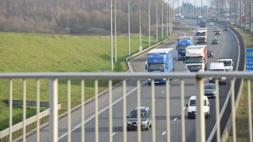 VIDEO. Autoroutes : comment faire pour payer moins au péage (en toute légalité) ?