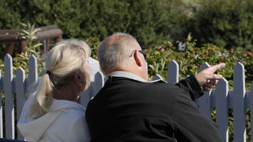 nouvel ordre mondial | franceinfo seniors. Se lancer dans l'univers des rencontres pour seniors