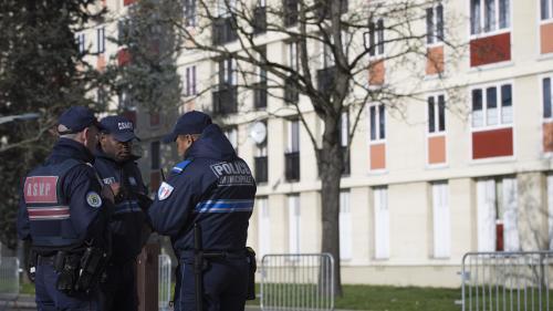 """Un garçon de 8 ans portant une kippa """"victime de multiples coups"""" à Sarcelles"""