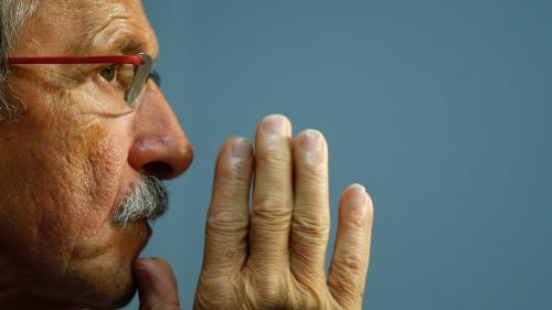 Rugby : quel entraîneur se cache derrière la moustache de Jacques Brunel ?