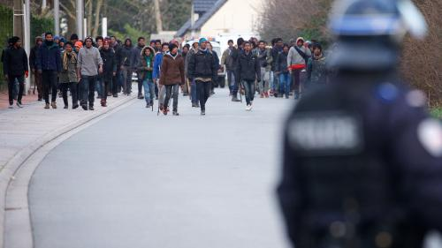 DIRECT. Calais : deux compagnies de CRS appelées en renfort après les rixes