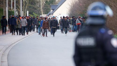 Calais : ce que l'on sait des affrontements entre migrants qui ont fait quatre blessés graves