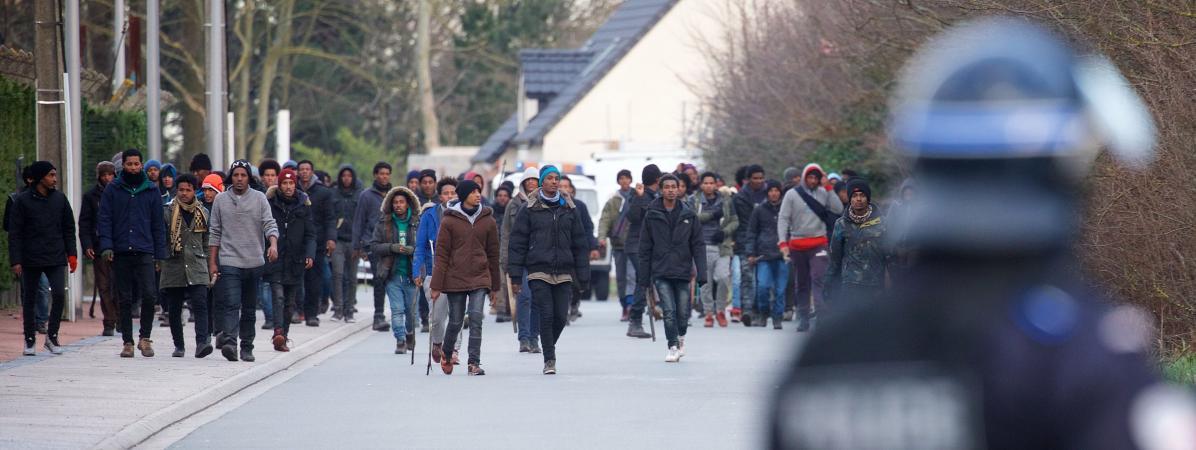 """Képtalálat a következőre: """"calais migrants 2018"""""""
