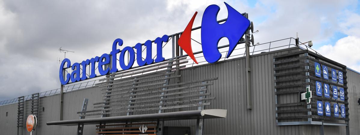 L\'enseigne du groupe Carrefour, à Nantes (Loire-Atlantique), le 26 janvier 2018.