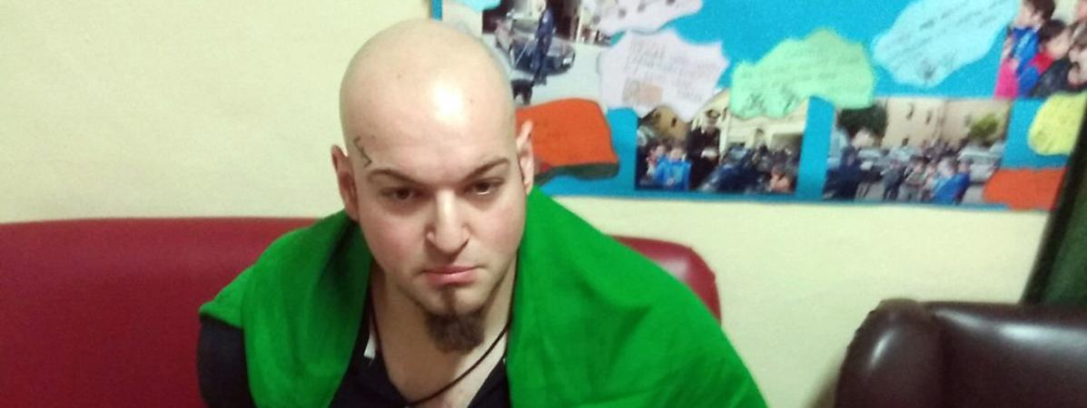 Italie mein kampf retrouv au domicile de l 39 homme qui a tir sur des trangers - Office des etrangers france ...