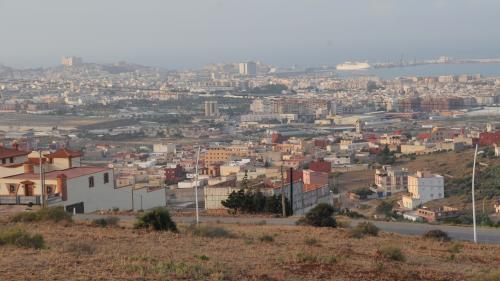 """""""Près d'une vingtaine"""" de migrants morts retrouvés en mer au large de l'enclave espagnole de Melilla"""