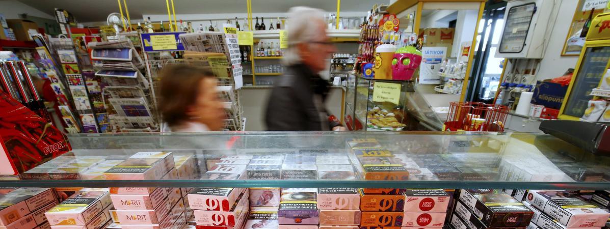 le prix des cigarettes augmentera en moyenne d 39 un euro au