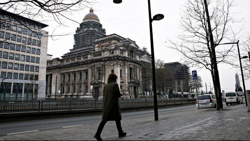 Blocs de béton, déplacements secrets, unités d'élite... Comment se prépare le procès de Salah Abdeslam à Bruxelles ?