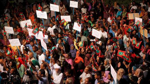 Sur fond de crise politique, l'Etat d'urgence est décrété aux Maldives