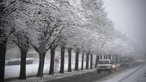 DIRECT. Intempéries : 43 départements sont placés en vigilance orange à la neige et au verglas