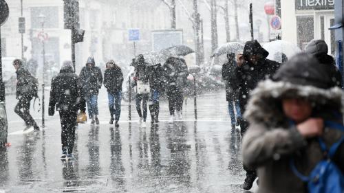 DIRECT. Météo : 32 départements placés en vigilance orange à la neige et au verglas