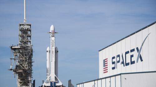 """VIDEO. Fusée Falcon Heavy de SpaceX : """"Si ça marche, c'est une révolution"""""""