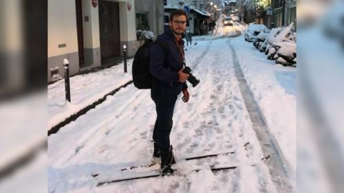 """Neige à Paris : """"J'ai pris le premier métro pour venir skier à Montmartre"""""""