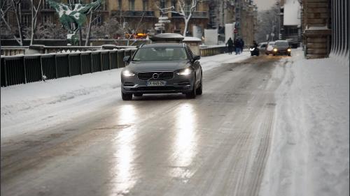 DIRECT. Météo : après la neige, le verglas est attendu en Ile-de-France dans la nuit de mercredi à jeudi