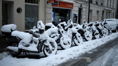 Pourquoi l'Ile-de-France est-elle paralysée dès qu'il neige (beaucoup) ?