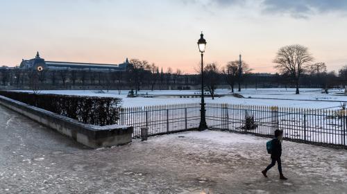 """""""Mais ils déneigent quoi ?"""" : les Canadiens s'amusent de la réaction des Français face à la neige"""