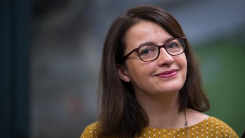 """""""Cher petit chêne"""" : la lettre de """"victoire"""" de Cécile Duflot à un arbre planté à Notre-Dame-des-Landes"""