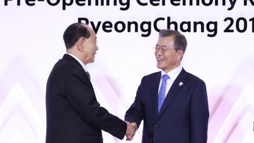 JO d'hiver 2018 : le président de la Corée du Sud et son homologue nord-coréen assisteront ensemble à un match de hockey