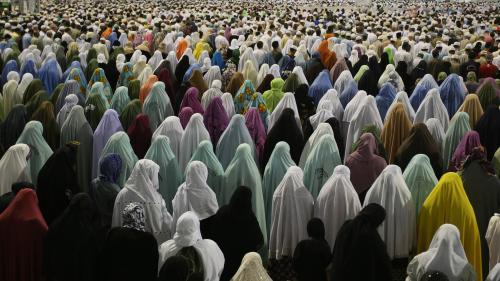 #MosqueMeToo : des musulmanes dénoncent le harcèlement et les agressions sexuels lors du pèlerinage à La Mecque