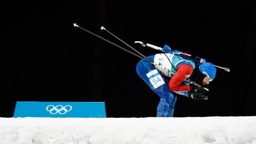 JO d'hiver 2018 : déception pour Martin Fourcade, qui termine 8e du sprint en biathlon, loin derrière Arnd Peiffer, le médaillé d'or allemand