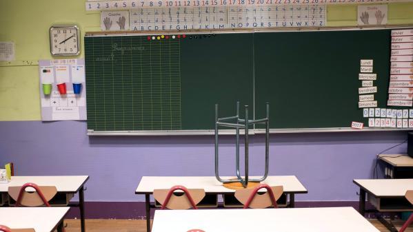 Somme : nuit blanche dans les classes pour sauver l'école