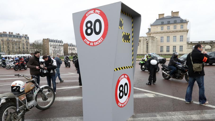 limitation 80 km h 40 millions d 39 automobilistes publie un rapport contest sur l 39 exp rimentation. Black Bedroom Furniture Sets. Home Design Ideas