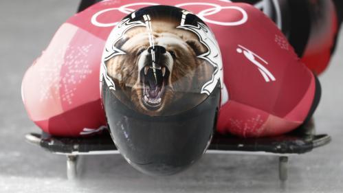 EN IMAGES. Dents de vampire, Iron Man, lion rugissant... Les plus beaux casques de skeleton aux JO d'hiver de Pyeongchang