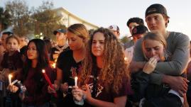 Tueries aux Etats-Unis : la tristesse, le débat et l'inflexibilité des politiques face aux armes
