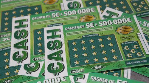 Reims : 20 ans après avoir gagné 100 000 francs, il remporte à nouveau 500 000 euros à un jeu de grattage