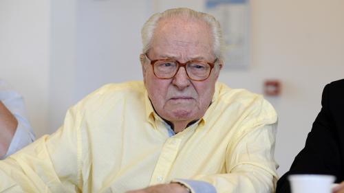 """""""J'ai pitié de ma fille"""" : des premiers extraits des mémoires de Jean-Marie Le Pen dévoilés"""